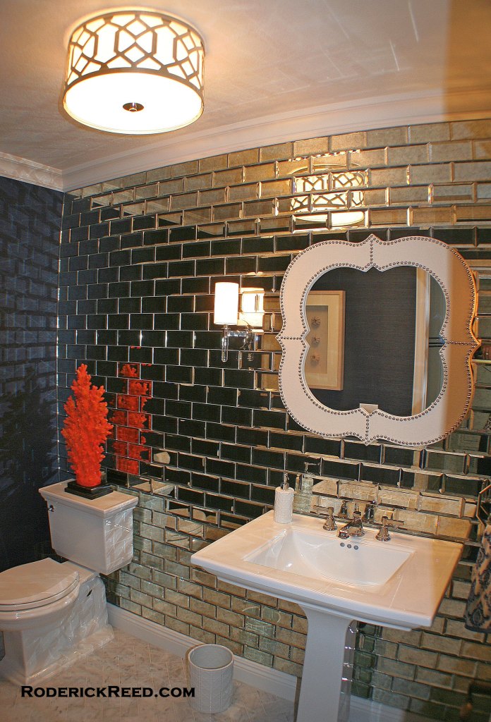 Contemporary Bathroom with WOW factor. Roderick Reed