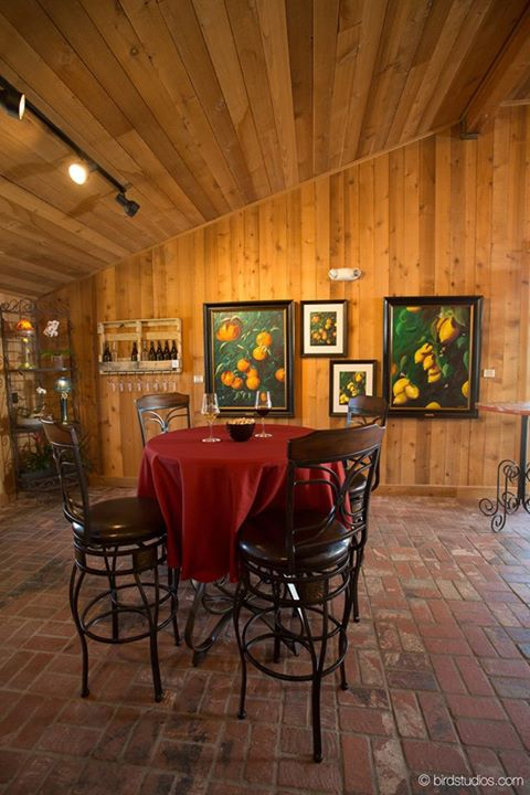 Four Lanterns Winery. Art by Roderick Reed. Interiors by REEDesign Laguna Beach. Photo by Bird Studios