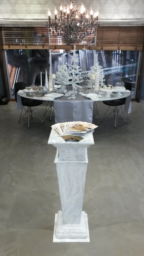 Entertaining by Design. Featured Holiday Tabletop Design By Roderick Reed Of Reedesign Interiors. Benefit for the Philharmonic Society and Sponsored by LUXE Magazine.